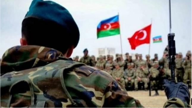 جيش أذربيجان يبدأ مناورات واسعة تزامنًا مع تصاعد الأوضاع مع أرمينيا