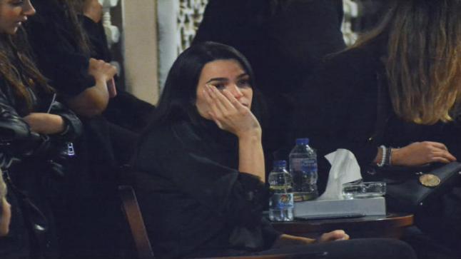 انهيار خطيبة الراحل هيثم أحمد زكي في العزاء