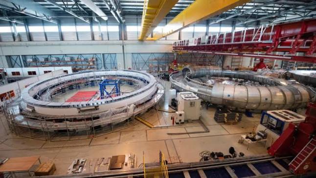 """ارتفاعه 20 متراً.. مغناطيس ضخم يقرب العلماء من بناء """"شمس على الأرض"""""""